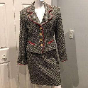 Vintage Caché skirt suit